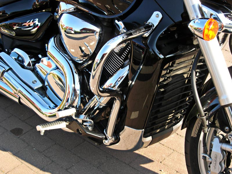 Chrome mylar tribals, crash bars, grips and mirrors installed